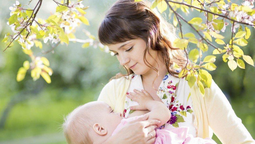 Emziren annenin göğüs bakımı